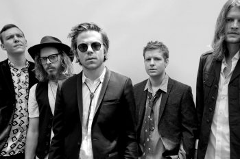 cage the elephant сингл too late to say goodbye