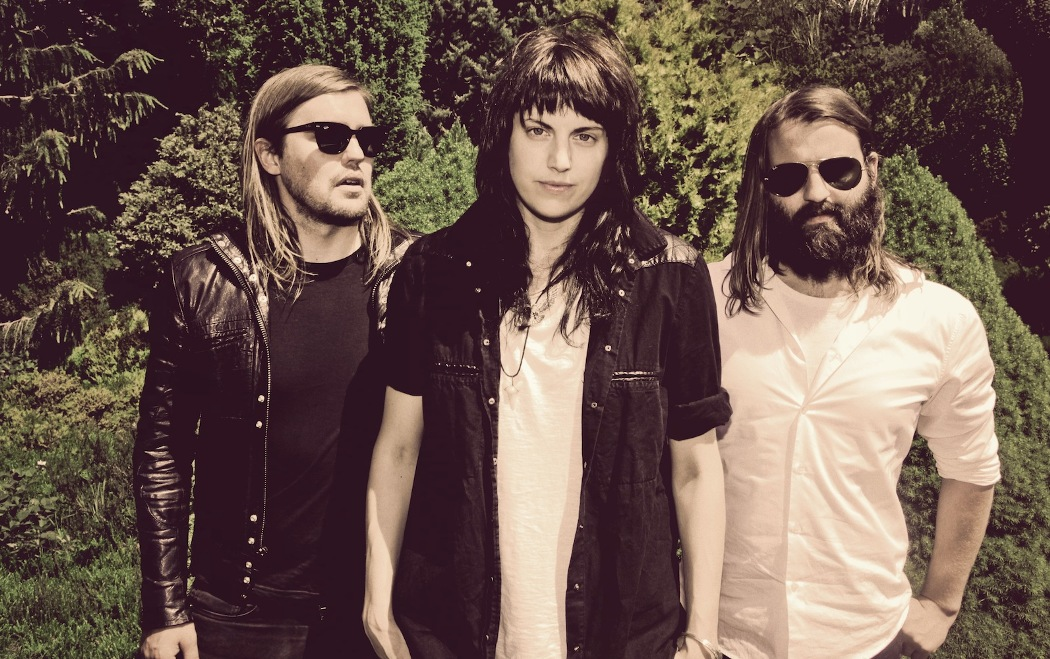 Band-of-Skulls-new-album-by-default