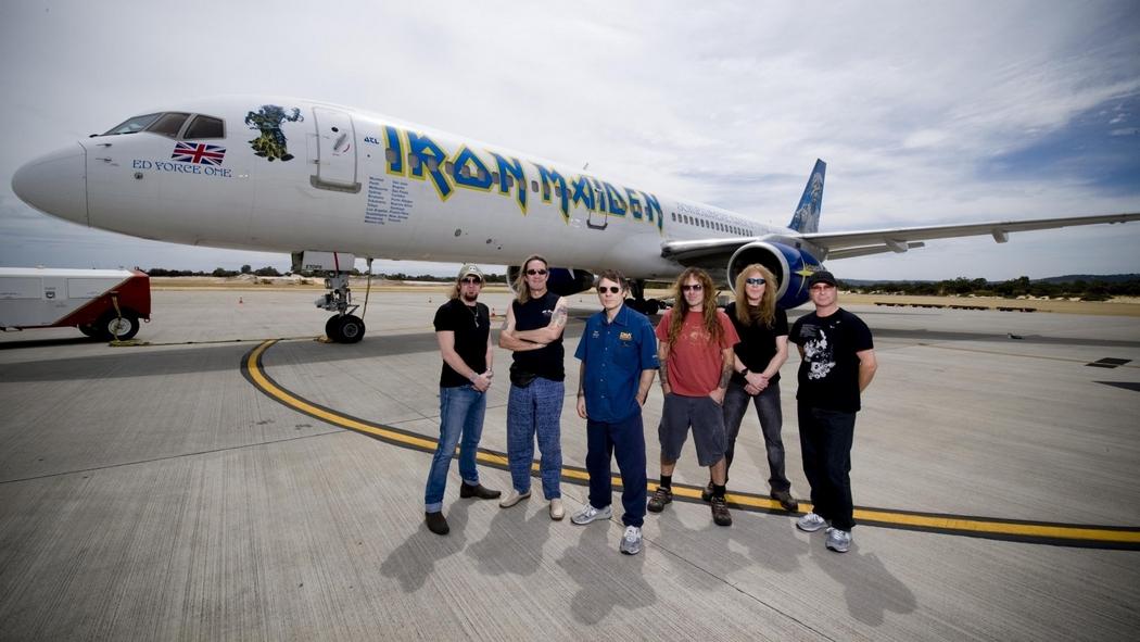 Iron_Maiden's_plane_ badly_damaged