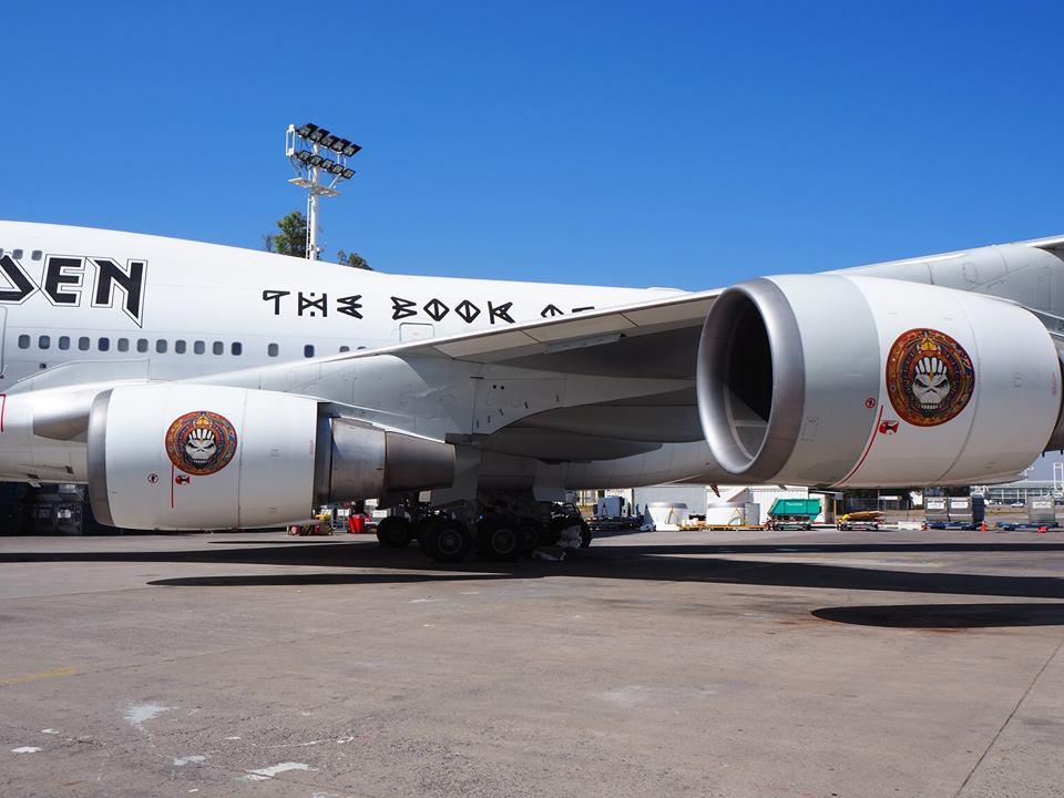 iron-maiden-plane-repaired