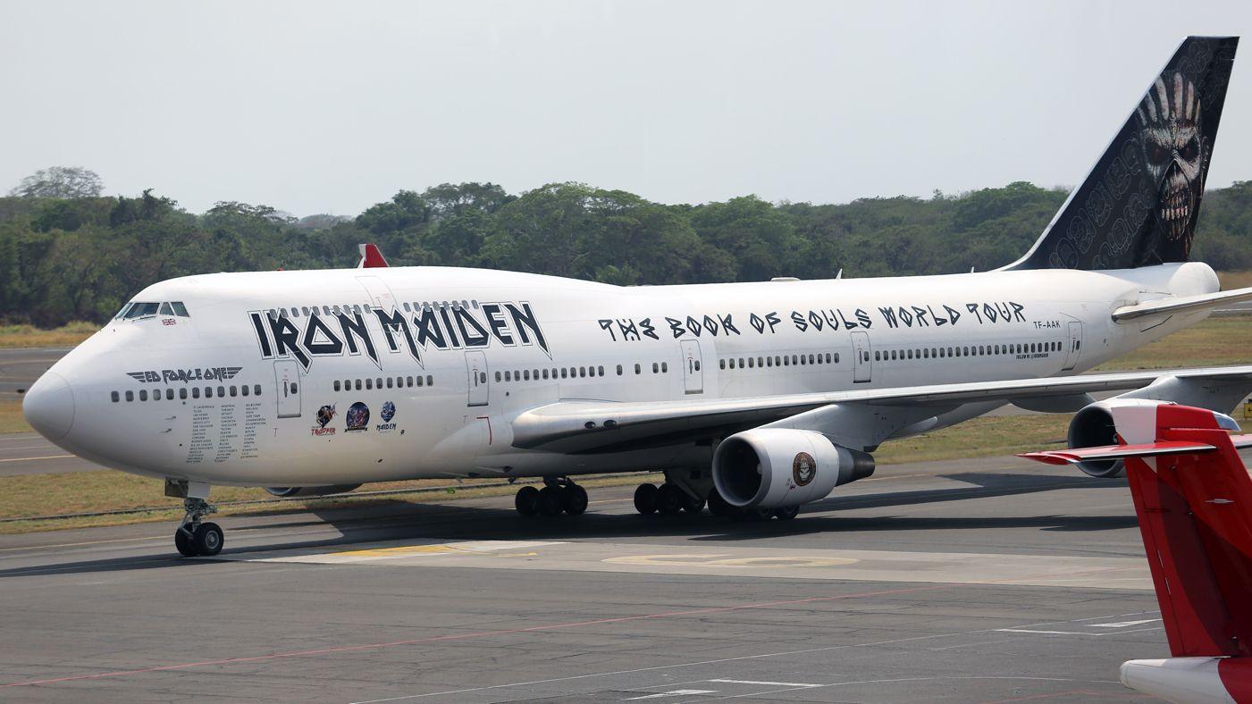 iron maiden самолет фото