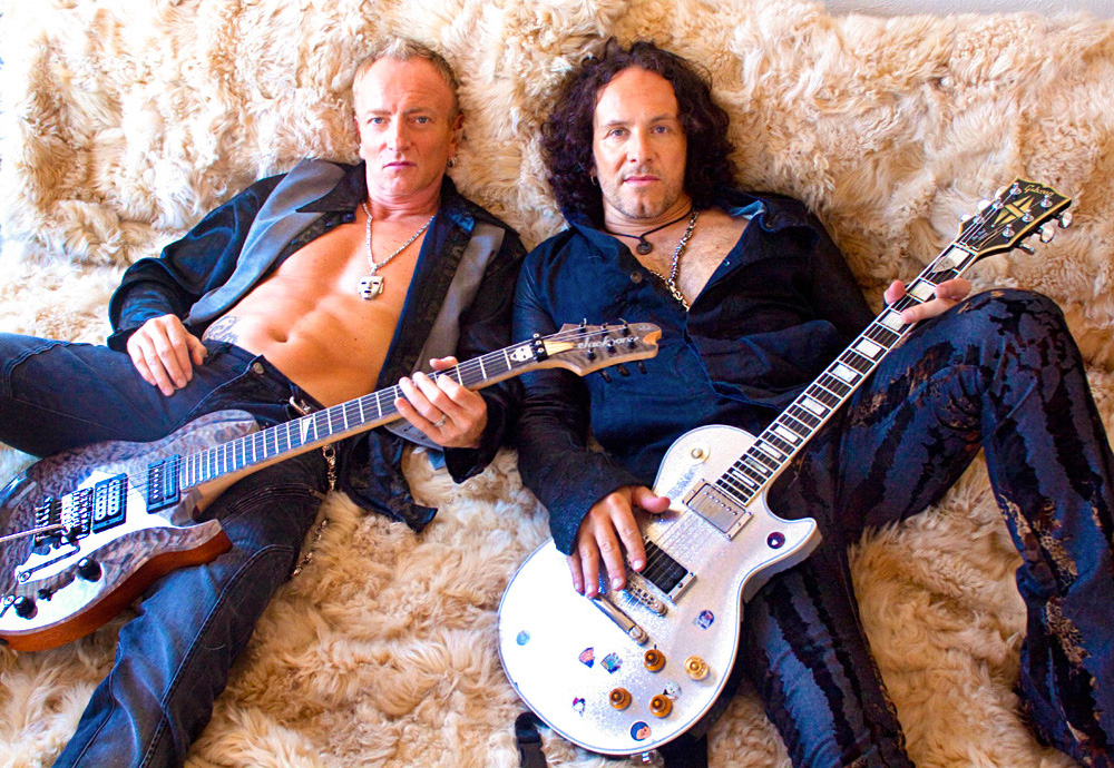 phil-collen-and-vivian-campbell