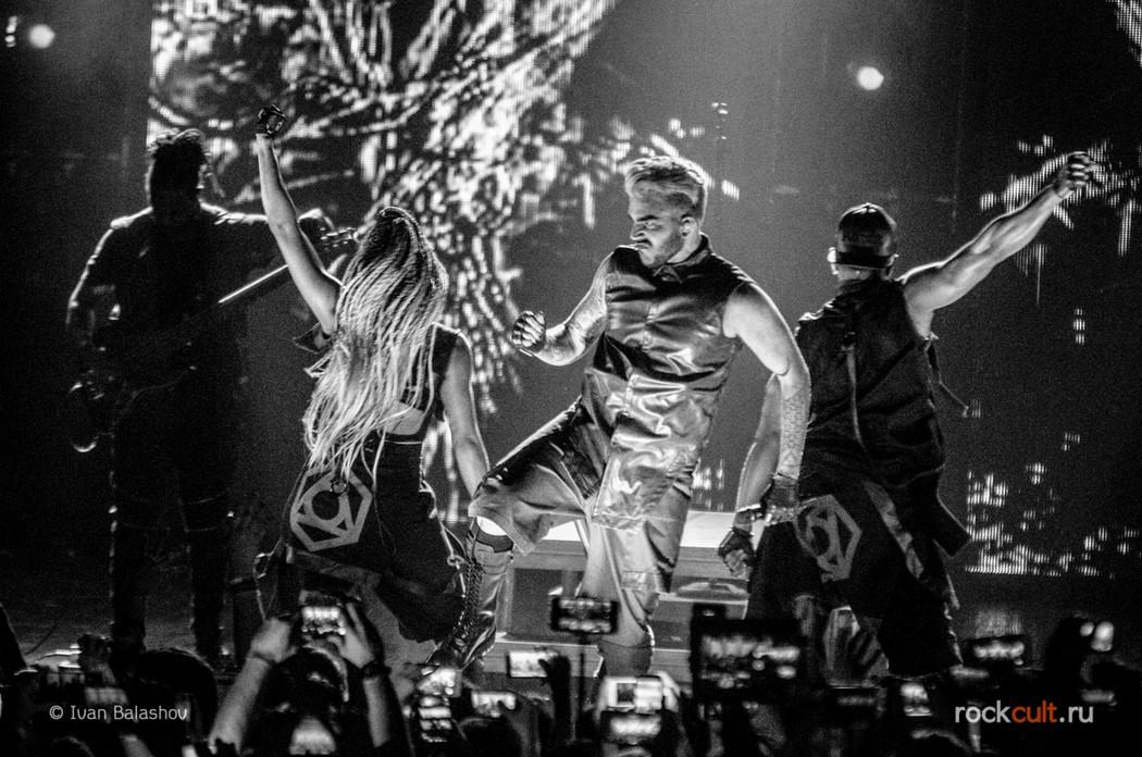 Фотоотчет | Adam Lambert в Москве | Crocus City Hall | 18.04.2016