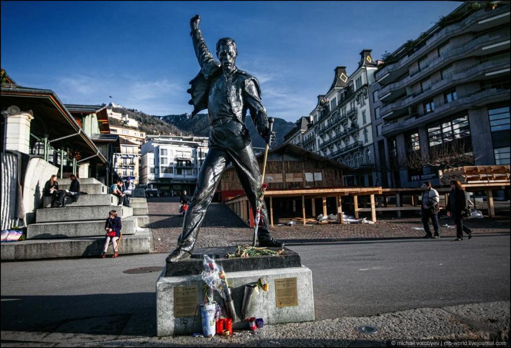 10 памятников легендарным рок-музыкантам