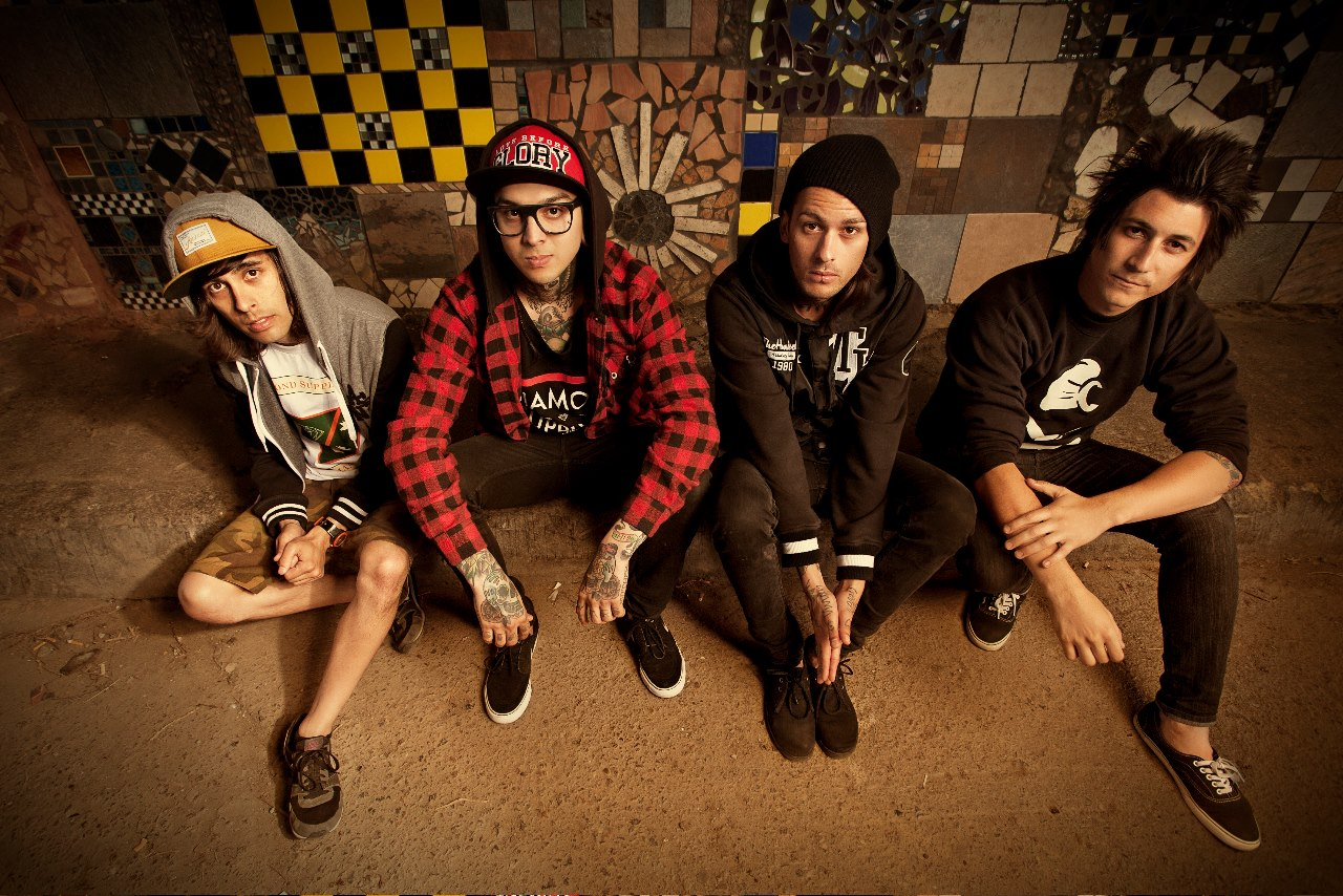 Pierce-The-Veil-released-single-Circles
