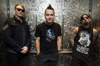 blink182-new-photo-2016-twitpic