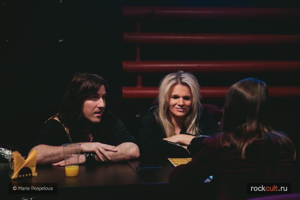interview-reckless-love-17