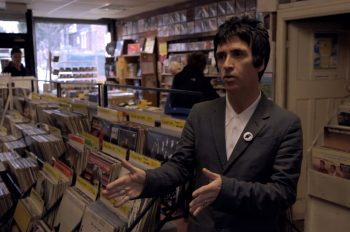 johnny_marr_releases_his_autobiography_set_the_boy_free