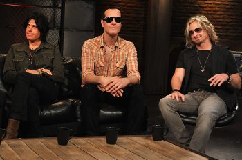 NEW YORK - MAY 20:  Musicians Scott Weiland, Dean DeLeo, Robert DeLeo and Eric Kretz of Stone Temple Pilots visit fuse Studios on May 20, 2010 in New York City.  (Photo by Theo Wargo/Getty Images) *** Local Caption *** Scott Weiland;Dean DeLeo;Robert DeLeo;Eric Kretz;Stone Temple Pilots