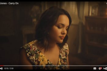 Norah-Jones-released-new-video-for-carry-on