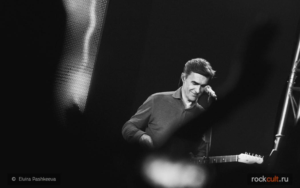 Вячеслав Бутусов выпустил песню К Ангелам с пианисткой Екатериной Мечетиной