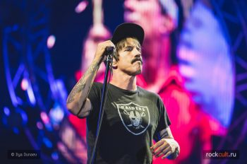 2016_07_09_Red-Hot-Chili-Peppers-Park-Live-43