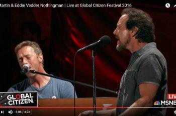 EddieVedder-ChrisMartin-GlobalCitizen2016