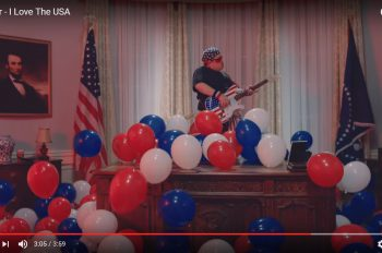 Weezer-I-Love-The-USA-video