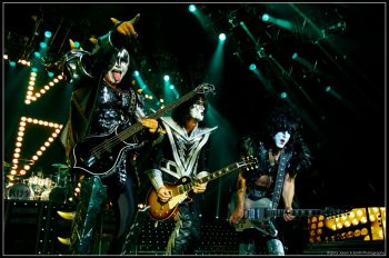 kiss-moscow