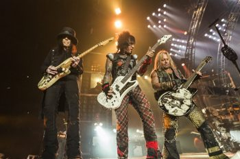 motley-crue-biopoic-the-dirt