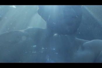 Coldplay - Hypnotised лирик-видео