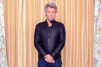 Bon Jovi прервали концерт в Питтсбурге из-за больного горла вокалиста
