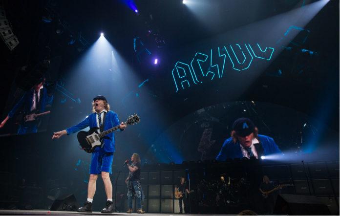 В сети появились фото AC/DC с репетиции