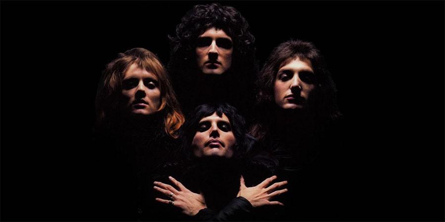 Сингл Queen Bohemian Rhapsody получил статус бриллиантового.